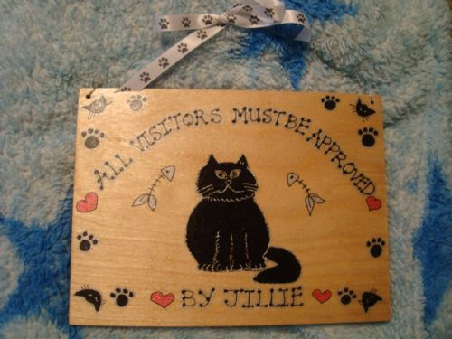 Personalised Cat Kitten Kennel Bed Run House Wooden Sign Personalised Any Breed /Colouration Phrasing 7x 5 inches (1)